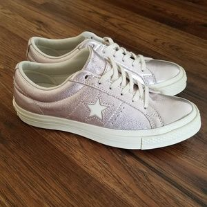 NWOT Converse One Star
